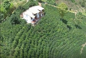 Coffee_farm_house_Jardin_medellin_Colombia